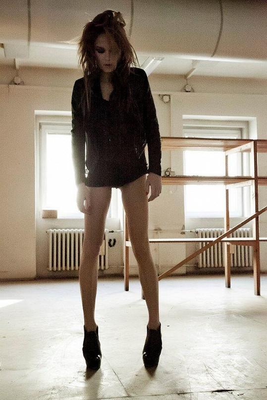 Dominika Kadlčková je opravdu velmi štíhlá.