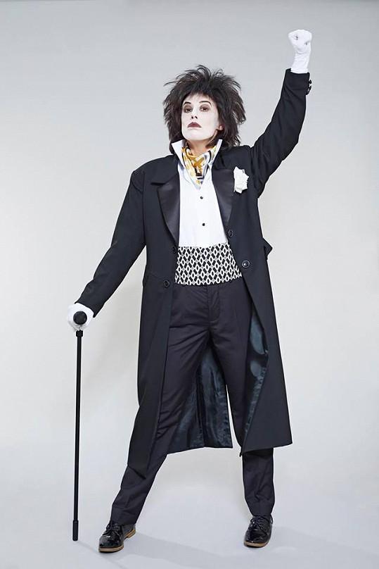 Aneta Krejčíková jako Freddie při The Show Must Go On
