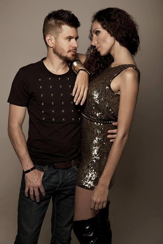 Olga Lounová a Michal Poliak mají společný song Paradise.