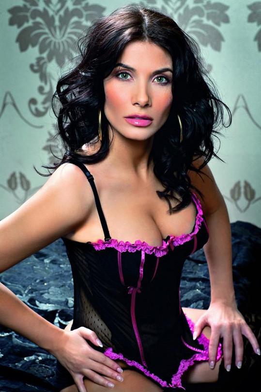 Eva Decastelo nafotila nové, sexy snímky.