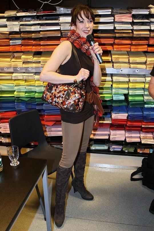 Tereza Kostková při moderování.