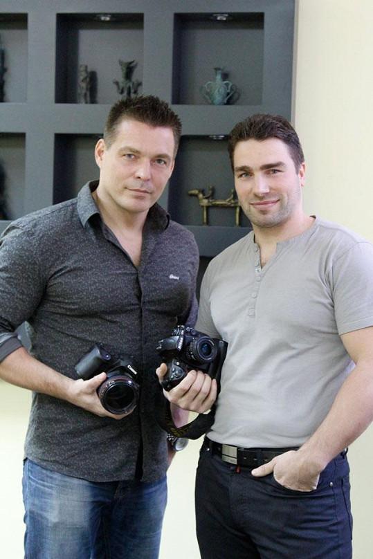 Na výstavě budou diváky učit fotit Robert Novotný a Tomáš Wolf.