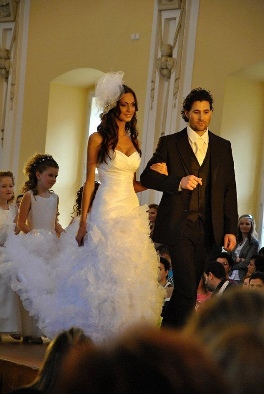 Bučková o víkendu podstoupila svatební maraton.