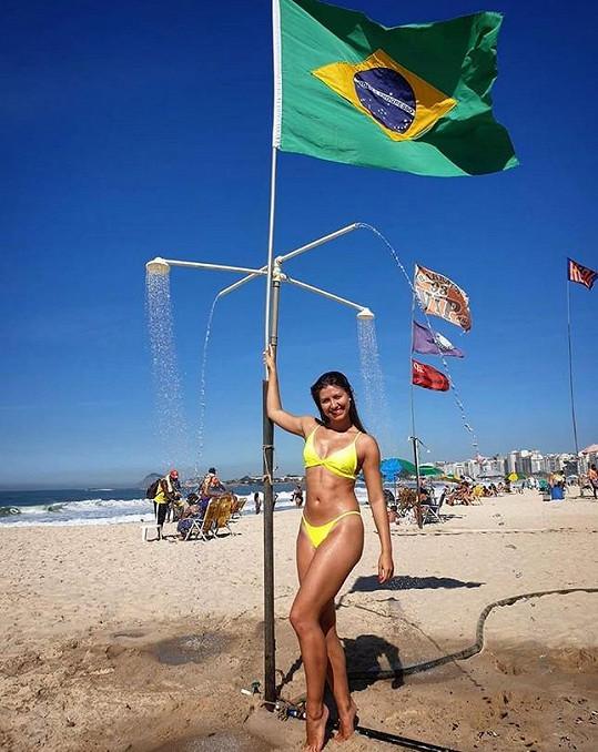 Celý červenec trávila tanečnice v Brazílii.