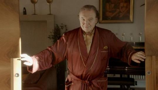 V jednom z dílů Hřebejkova cyklu Škoda lásky (2013) hrál Karel Gott sám sebe.