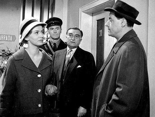 Anna Pitašová, Otto Šimánek, Oldřich Nový a Josef Bek v oblíbené detektivce. Nového na place obdivovali.