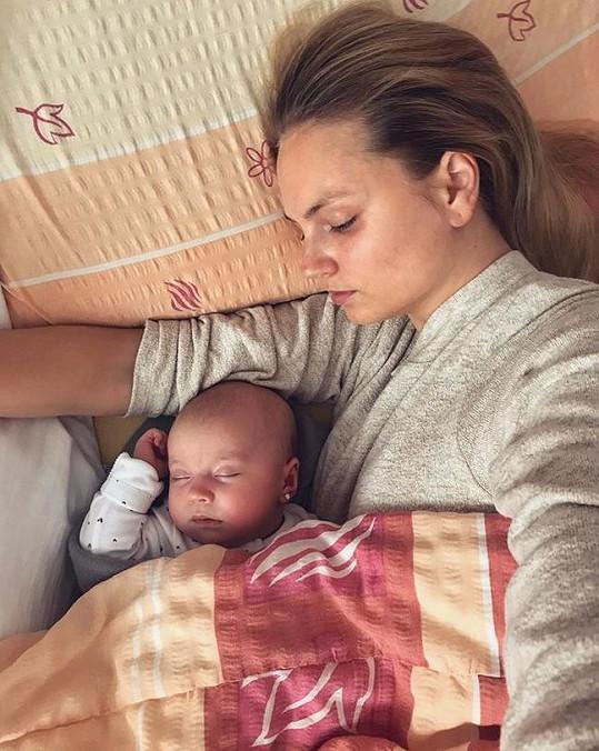 Tereza se svou krásnou dcerkou