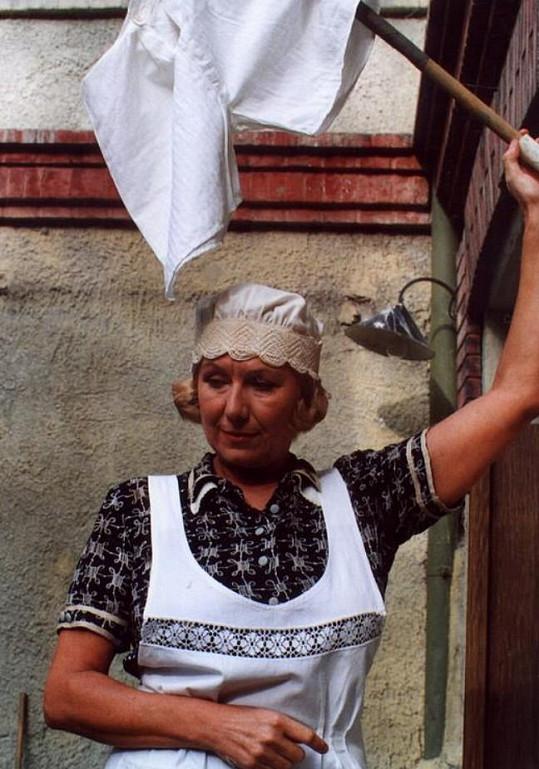 Vlasta Peterková jako hospodyně Blaženka