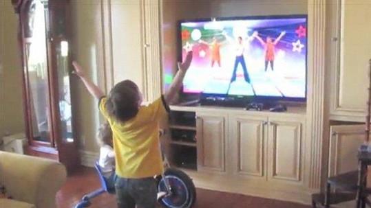 Britney natočila svého syna, jak tančí.