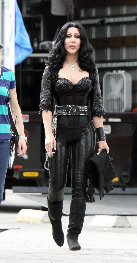 Dvojník Cher se objeví v seriálu Jane The Virgin.