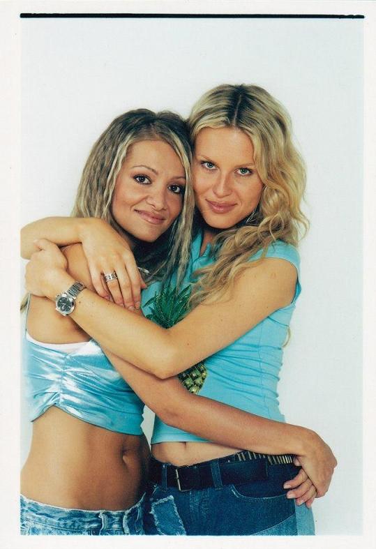 Ty tam jsou časy, kdy Dara Rolins a Simona Krainová byly nerozlučné kamarádky.