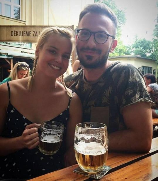 Patricie s pohledným přítelem Tiborem