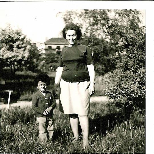 Rey Koranteng s babičkou