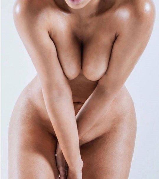 Své nahé torzo použila i jako vzor pro flakon parfému.