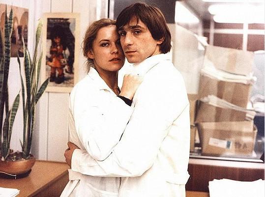 S Ondřejem Pavelkou v Co je vám, doktore? (1984)