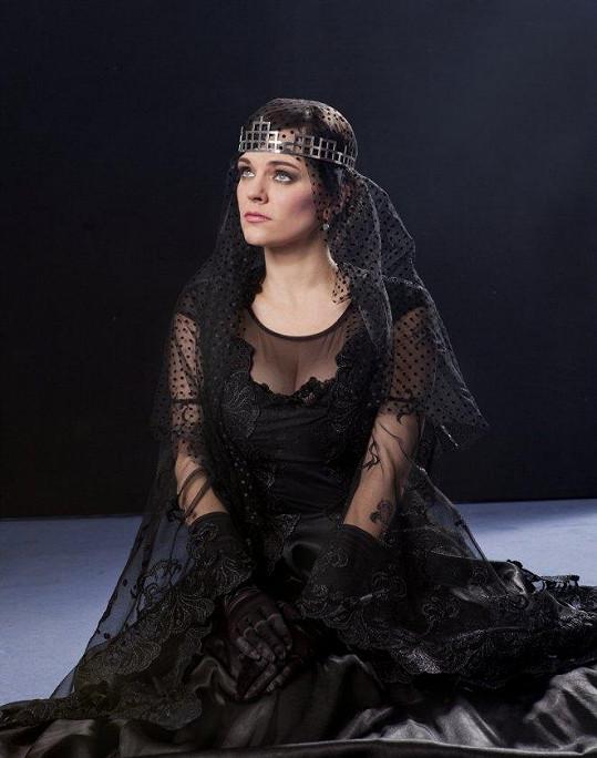 Marta Jandová jako královna Gertruda.