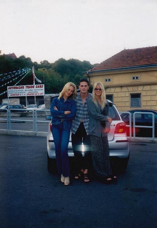 Simona Krainová a Dara Rolins s tehdejším přítelem Petrem Vlasákem.