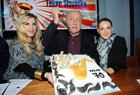 Šárka s Leonou Machálkovou vystoupí na narozeninovém koncertě Felixe Slováčka.