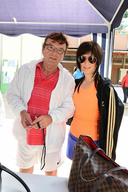Pavel Trávníček s přítelkyní Monikou Fialkovou.