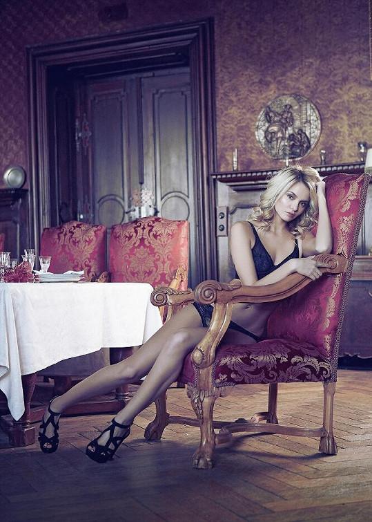 Josefína Šumová vypadá jako anděl.