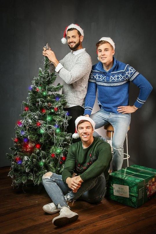 David Kremeň s kolegy Davidem Strnadem a Kryštofem Novákem měli vánoční focení.