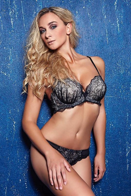 Barbora Mottlová je vážně sexy.