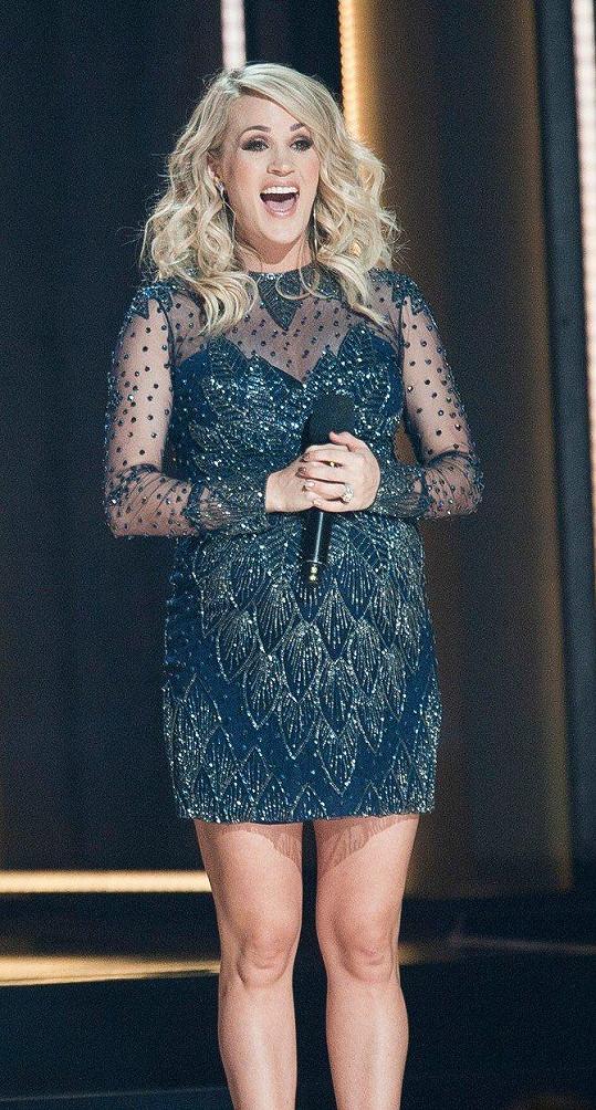 Carrie Underwood se stala podruhé maminkou.