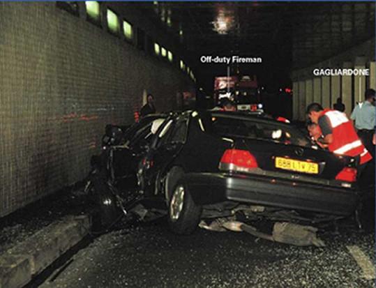 Diana zahynula při autonehodě v Paříži v roce 1997.
