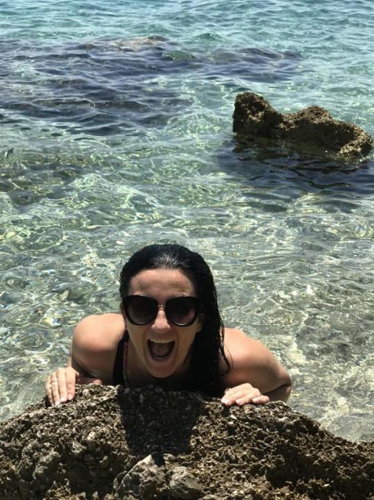 V Chorvatsku si moderátorka užívala zejména koupání v moři.
