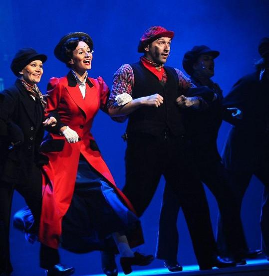 V představení je i spousta tanečních čísel.