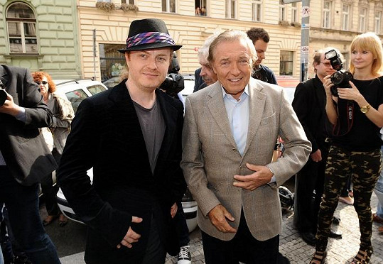 Karel Gott s Pavlem Šporclem.