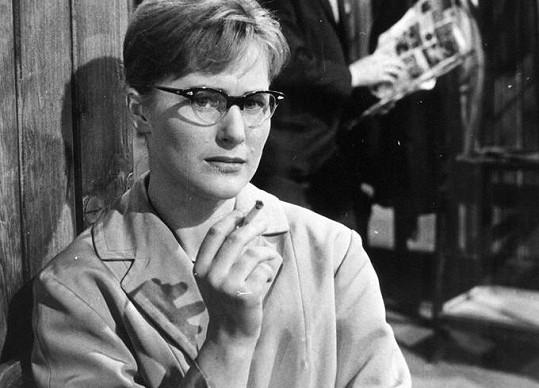 Marcela Martínková ve filmu Kde alibi nestačí (1961)