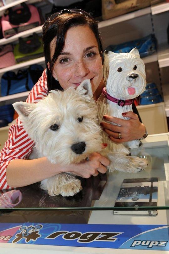 Michaela Maurerová si vypůjčila psa majitelky.