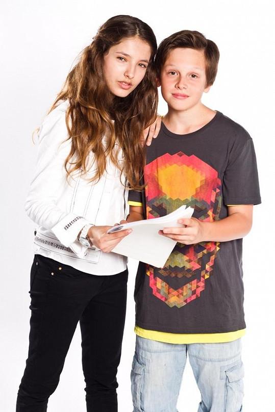 Jáchym Kraus se svou seriálovou partnerkou Sárou Sandevou.