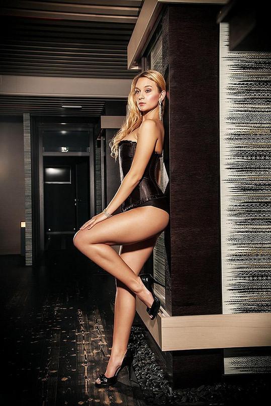 Tahle sexy kráska zazáří v nové komedii Filipa Renče.