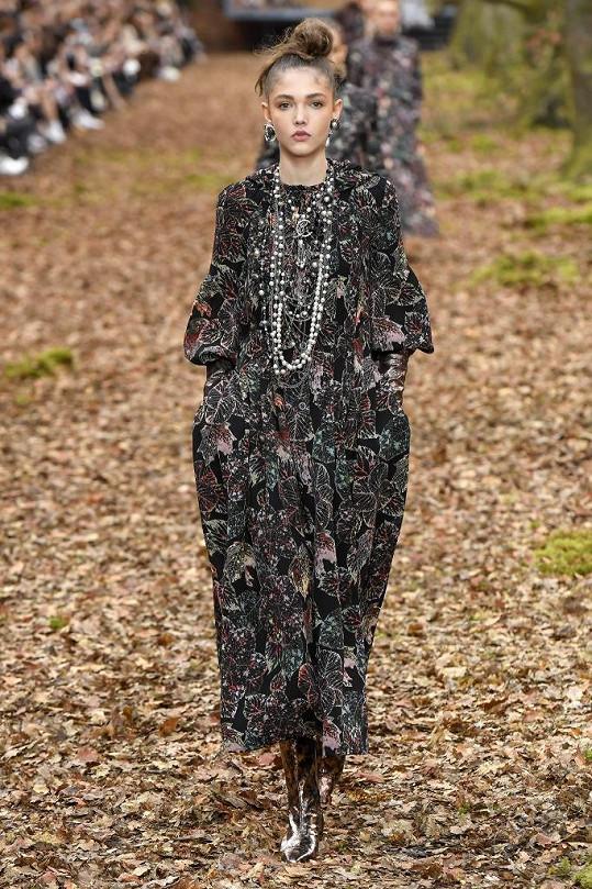 Jana Tvrdíková vystupovala na módní show značky Chanel.