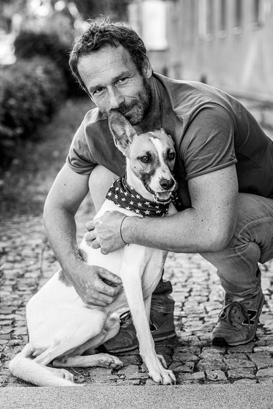 Filip Rožek a pes Gump