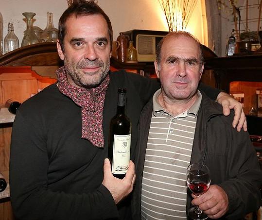 Etzler s Lenčiným tatínkem, Františkem Špillarem.