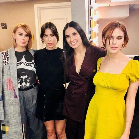 Rumer, Scout, Demi, Tallulah