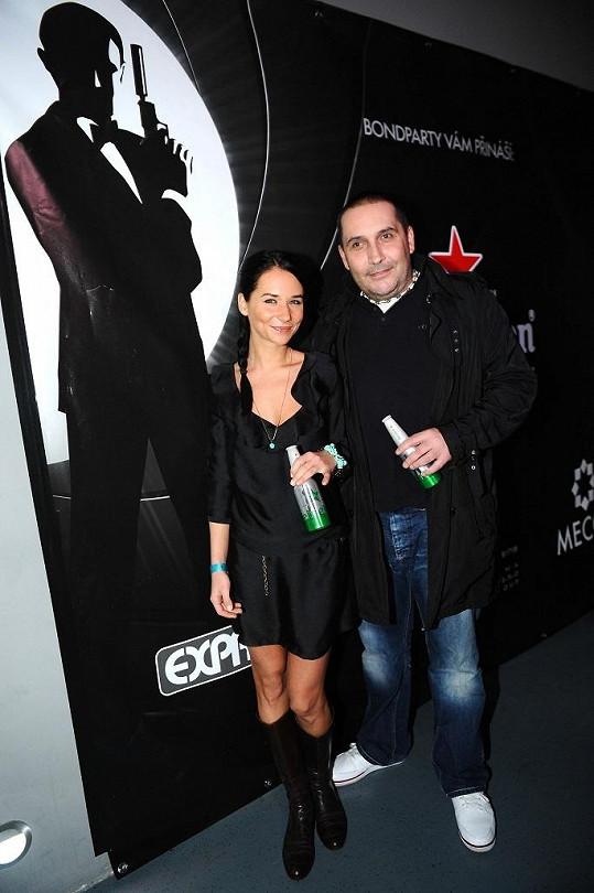Po delší době se ve společnosti objevila Sandra Nováková s přítelem Janem Nejedlým.