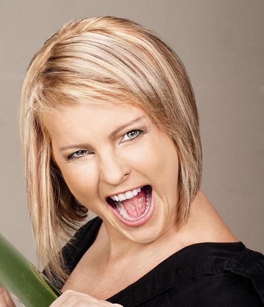 Iveta Bartošová během focení kampaně pro TV Pětka.