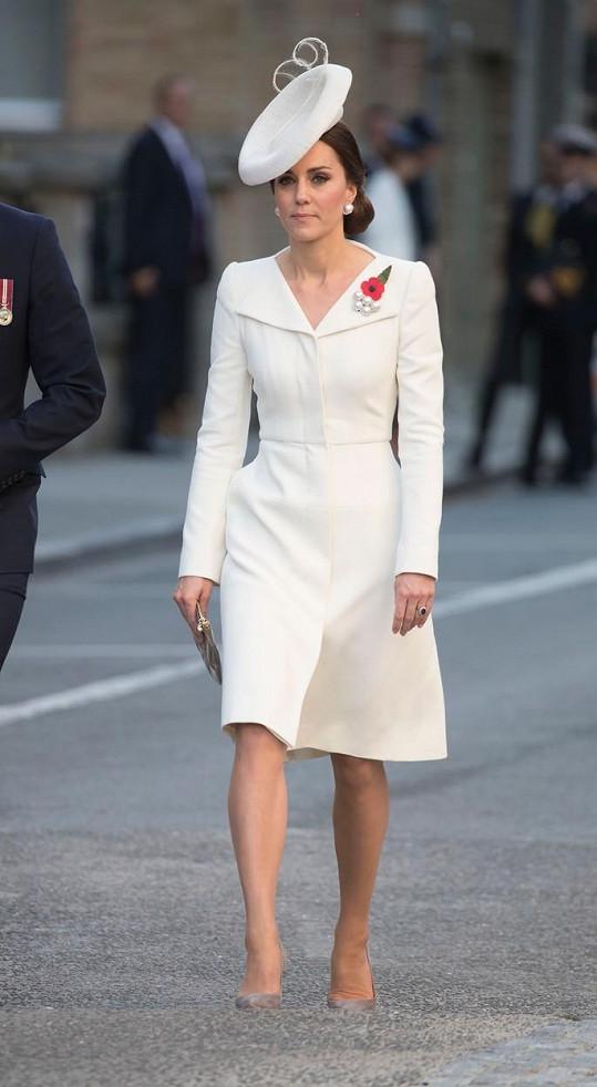 Kate oblékla šaty, které měla před dvěma lety na křtinách dcery.