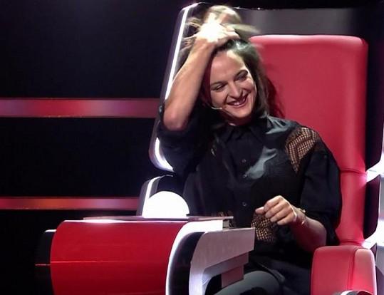 Některým divákům vadí vystupování zpěvačky Jany Kirschner...