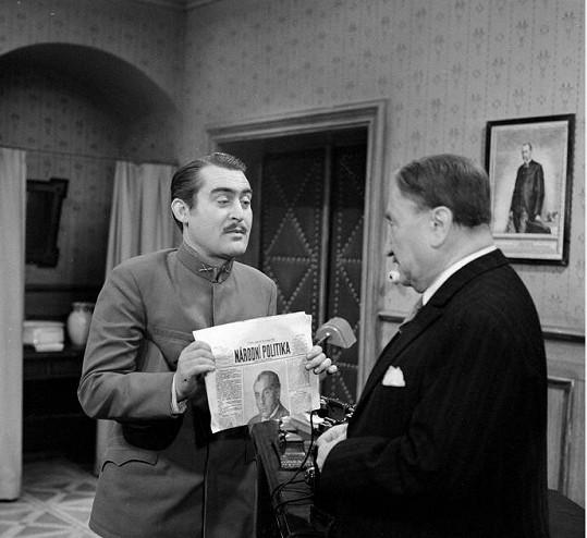 Ilja Racek (vlevo) a Jaroslav Marvan v seriálu Hříšní lidé města pražského (1969)