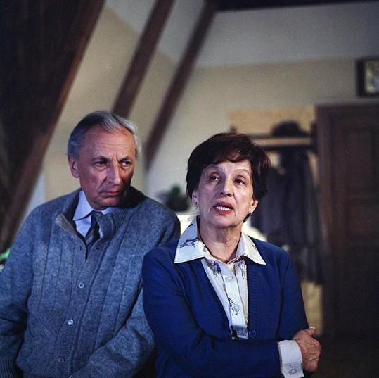 Ladislav Chudík a Dana Medřická v seriálu Nemocnice na kraji města (1977)