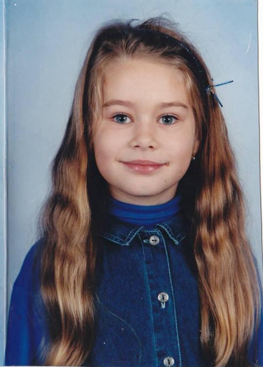 Karolína Kokešová jako malá holčička netušila, že jednou bude bodovat v modelingu.