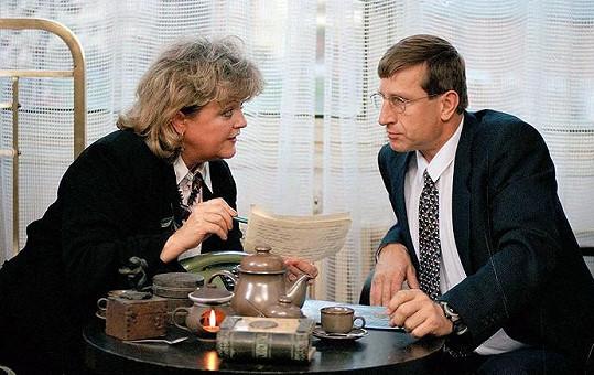Wilhelmová a Václav Vydra ve filmu Elixír lásky