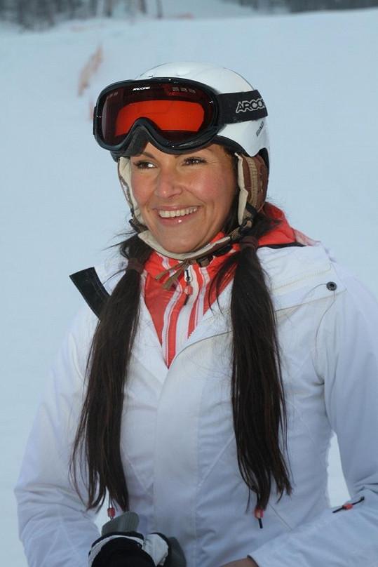 Bez šminek vypadá i dvanáct let po soutěži Miss Andrea Kloboučková úžasně.