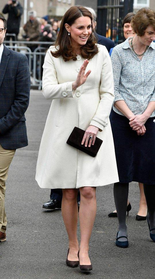 Kate na návštěvě v Oxfordu, kde se zajímala o činnost charitativní organizace Family Links, především o podporu duševního zdraví dětí.