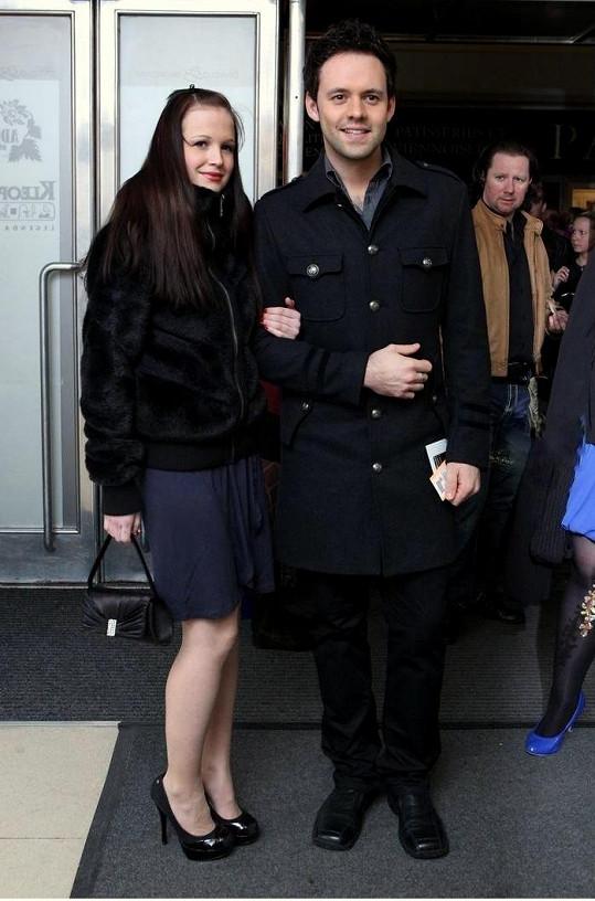 Do Alp vyrazil Michael se svou přítelkyní Eliškou.